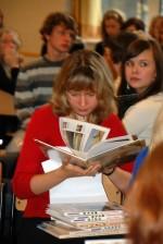 Всем участникам фестиваля подарили русские книги